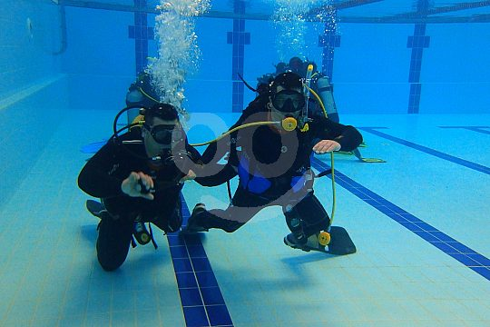 Scuba diving in a pool in the Algarve