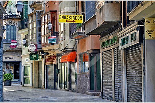 shopping street in Palma de Mallorca