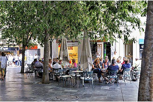 cafe at plaza cort at shopping in Palma