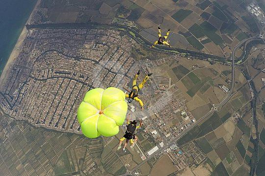 Costa Brava parachute jump