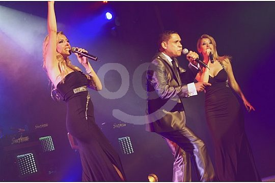 Singers and dancers Son Amar Mallorca