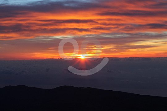 watch the sunrise from Pico del Teide