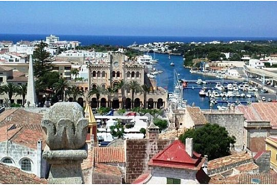 Sightseeing Tour Ciutadella with harbour Menorca