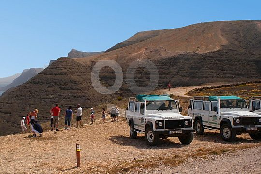 jeep tour in Lanzarote with stops