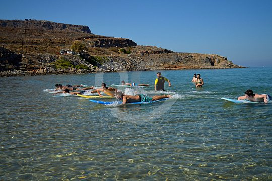 Surfing course on Crete with exercises