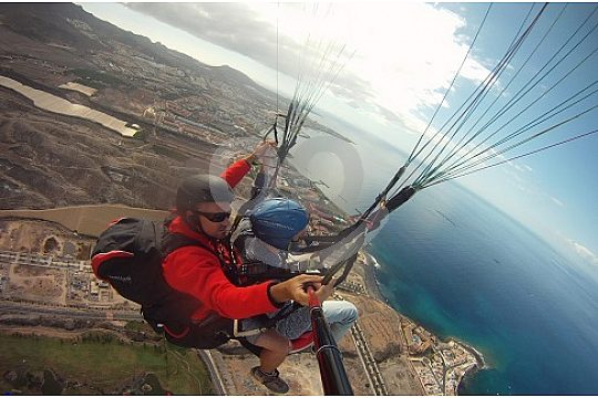 Paragliding in Tenerife from Mount Ifonche
