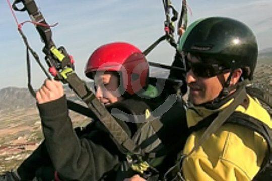 Tandem paragliding flight close to Lorca