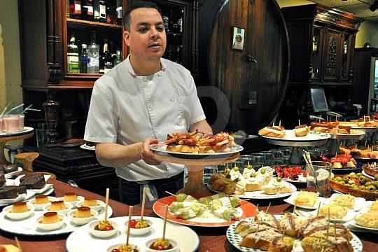 the Barcelona city tour to tapas bars