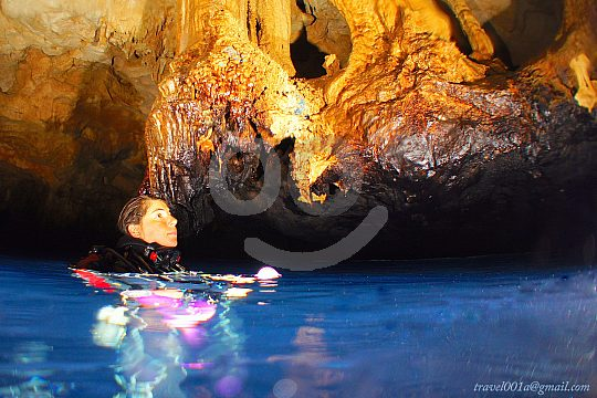 Great caves while diving in Menorca