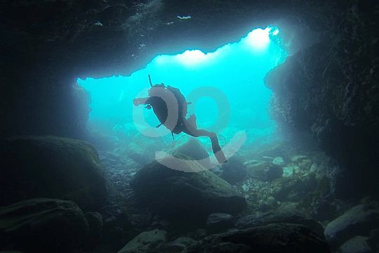 Diving Courses Tenerife Cave Diving