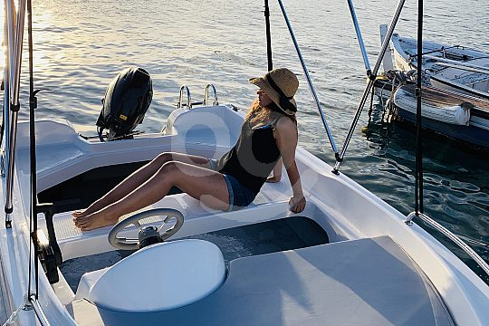 Rent a boat without a licence in Tenerife
