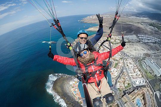Fallschirmfliegen im Tandem