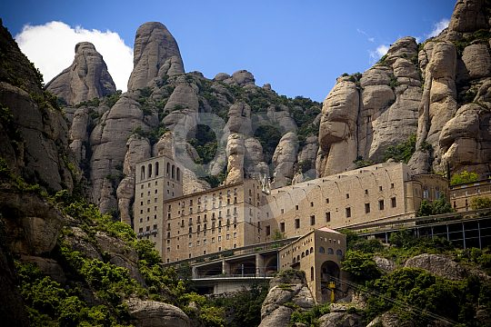 Montserrat sightseeing bus tour from Barcelona