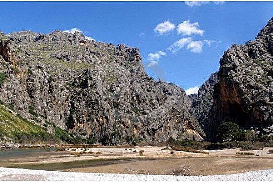 beach at the end of the Torrent de Pareis hike