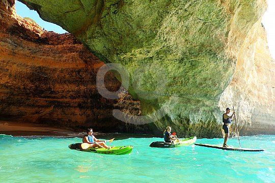 Albufeira SUP-Tour  to the caves of Benagil