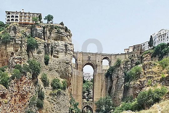guided exclusive tour to Ronda in a minivan