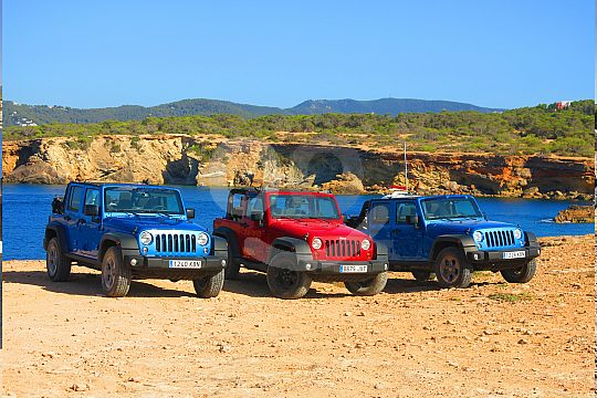 Jeep Safari with modern off-road vehicles