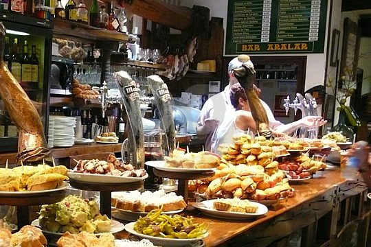 the best Malaga tapas tour