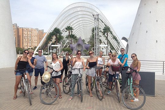 city tour in Valencia by bike