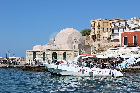 glass bottom boat trip from chania