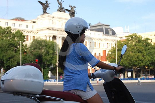 rent a scooter in Madrid