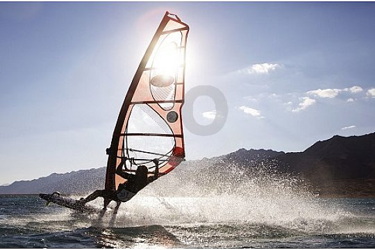Windsurfin in Gran Canaria in the southwest