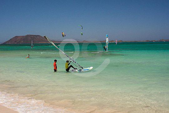 windsurf school in Corralejo