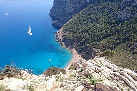 Sightseeing + snorkel: speedboat tour from Alcudia in Mallorca north