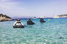 Playa d'en Bossa ride a jetski in Ibiza