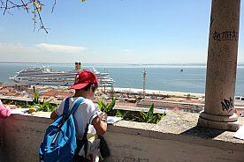 Genuine Lisbon tour: private city walking tour for families