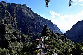 Wandern auf dem Guergues Steig im Teno gebirge