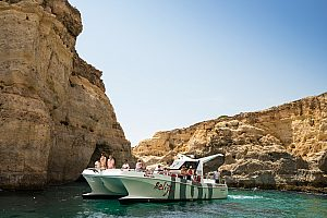 Algarve boat tour from Albufeira with dolphin watching and barbecue on the beach