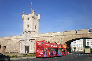 Explore Cádiz by Hop On Hop Off City Sightseeing Bus