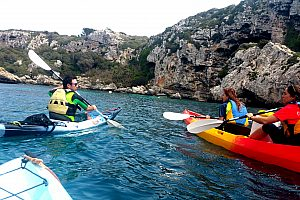 By kayak in Menorca: rental or guided tour from Cala en Porter