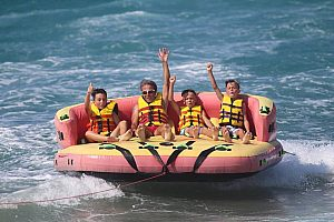 Diverse water sports on Crete: experience the water fun at Heraklion!