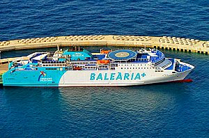 Mallorca - Ibiza by ferry + **** hotel: Visit Ibiza now.