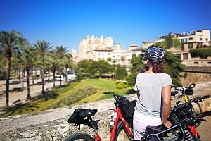 Guided bicycle tour through Palma de Mallorca with optional Tapas