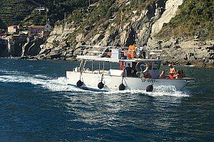 Schönes Fischerboot für Bootstour