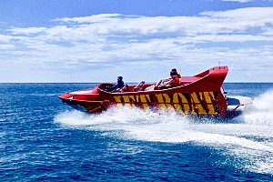 Morro Jable beach Fuerteventura: pure adrenalin in a jet boat