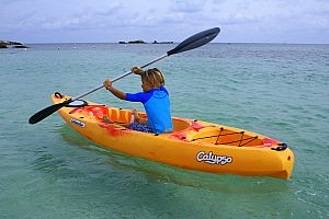 Beautiful kayak tour on Formentera - paddling from Es Pujols to the caves and cliffs