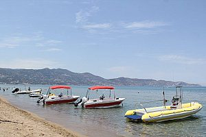 Holiday paradise Crete: rent a boat near Heraklion for an exclusive boat tour