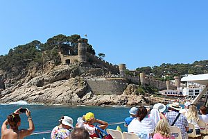 Half day bus round trip along Costa Brava starting in Barcelona