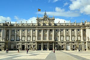 Best guided walking tour in Madrid through the old town Barrio de las Letras