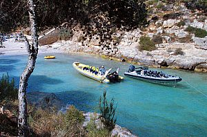 Speedboat rental Majorca: hourly or daily charter in the southwest of Majorca