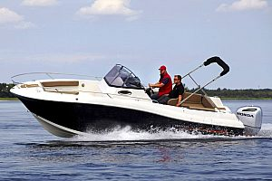 Luxurious motor boat hire in Mallorca - optional also with skipper