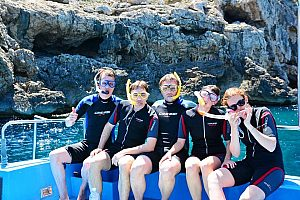 Exciting snorkelling excursion in Mallorca with cliff jumping - near Andratx