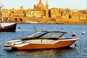 Boot fahren auf Malta