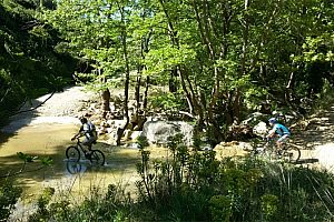 Moutainbike Tour am Marathon-Stausee ab Athen