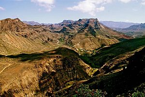 Stunning sightseeing Gran Canaria bus tour that starts in the south