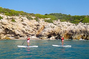 Exciting paddle surf (SUP) tour with guide in Sitges at the Costa Dorada
